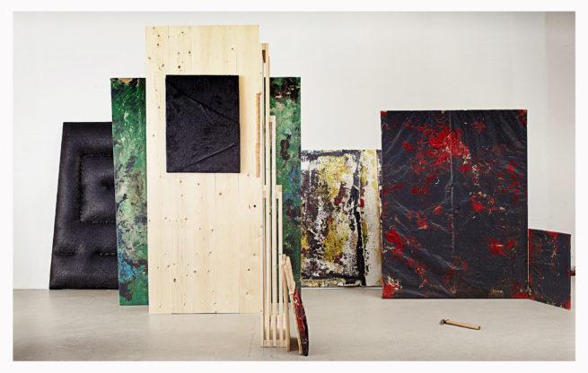 Luc Vandervelde Lux - Between Plastic